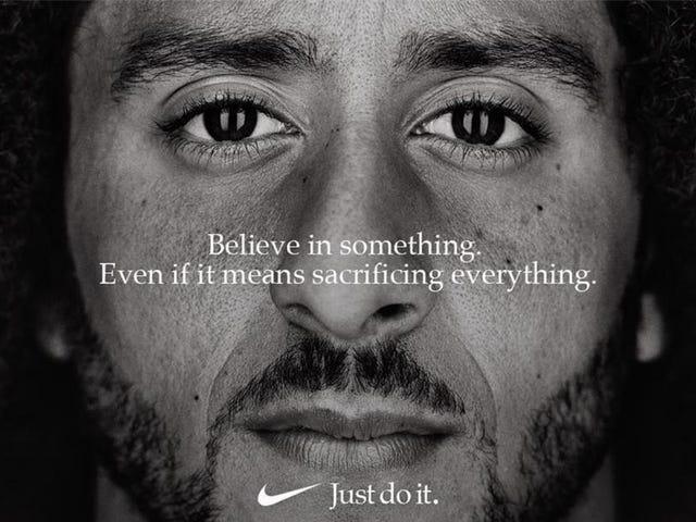 Colin Kapernick absorbe Emmy pour une annonce controversée de Nike