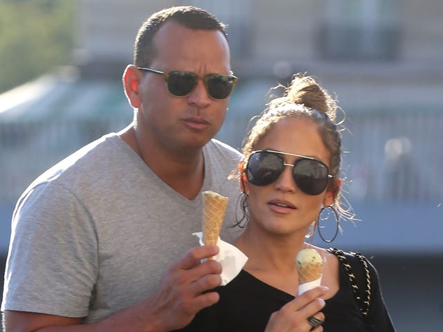 J.Lo Hired a P.I. to Keep an Eye on A-Rod, and Us Weekly Is Now Taking Tips From the Enquirer