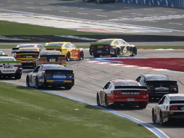 Hybrid NASCAR có thể ở đây ngay sau năm 2022