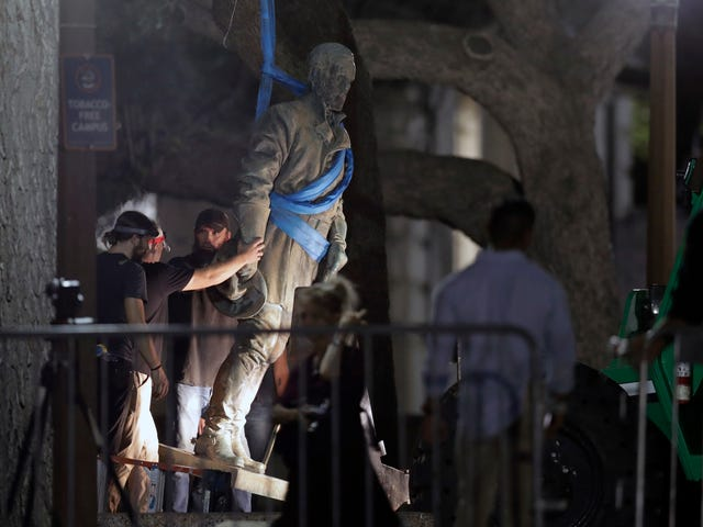Texas Man Arrested on Charges He Planted Bomb on Confederate Statue