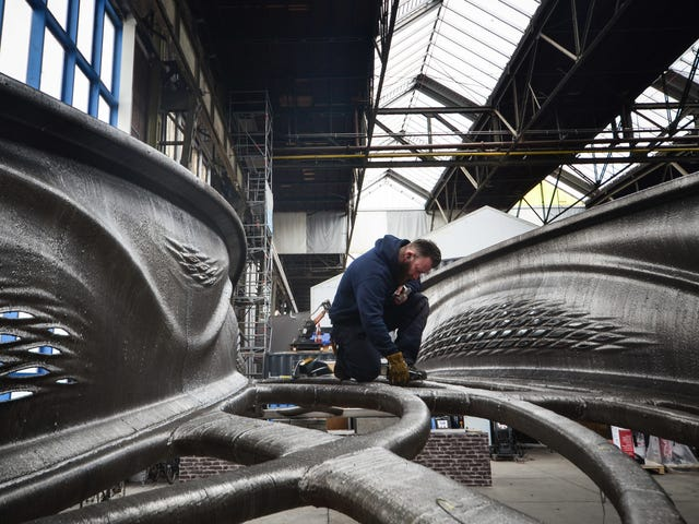 The First 3D-Printed Steel Bridge Looks Like It Broke Off an Alien Mothership