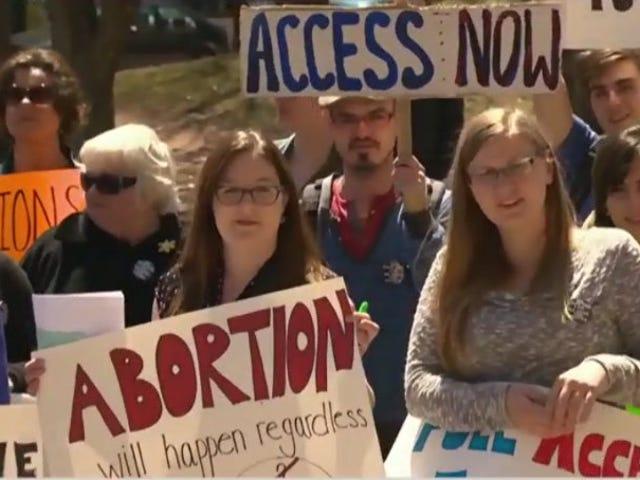 Kanada Prince Edward Island zapewni legalny dostęp do aborcji po raz pierwszy od 1982 roku