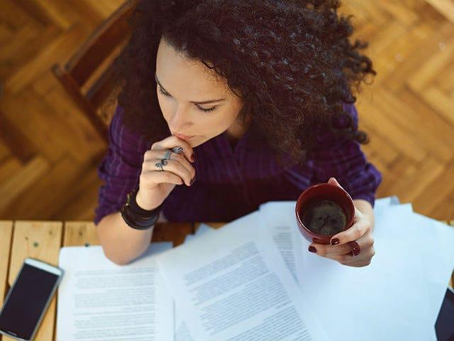 अध्ययन से पता चलता है कि महिलाओं और अल्पसंख्यकों को कार्यस्थल विविधता के बारे में बोलने के लिए दंडित किया जाता है