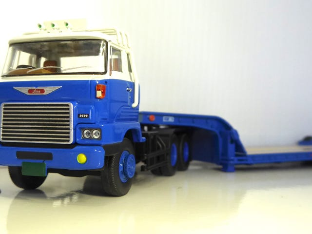 Hot Sixty 4th: Truckin' Thursday with a Tomy Truck