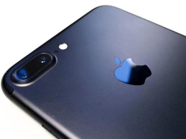 """La riparazione è gratuita per iPhone 7 di questa versione è """"Sin servicio"""" aunque haya una red disponible"""