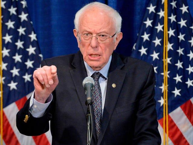 Bernie Sanders ha detto a Joe Biden di tirare su il cazzo