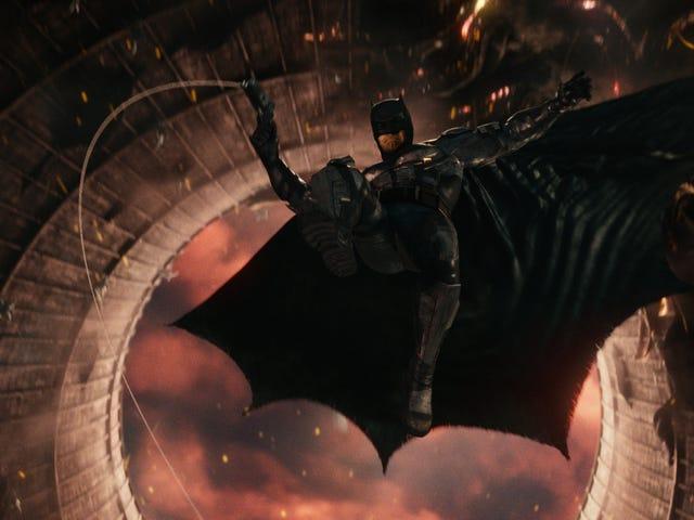 <i>Justice League</i>有DCEU最糟糕的美国首周末 <em></em>