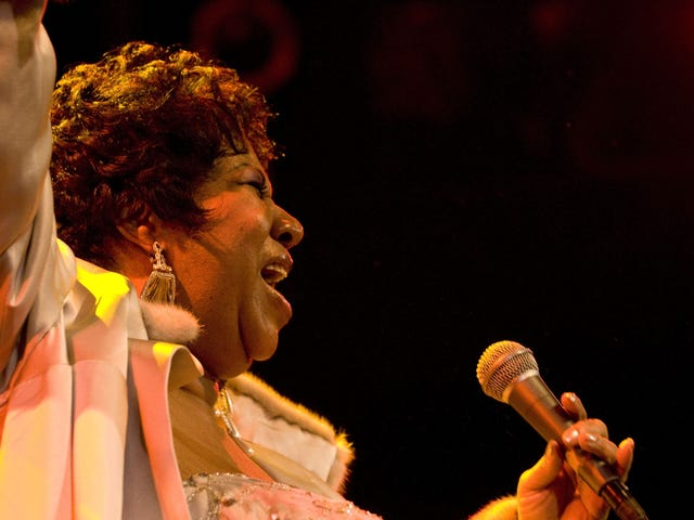 Own a Piece of Music History: Items from Aretha Franklin's Stage Wardrobe Are Going to Auction