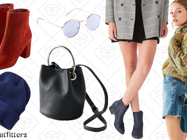 Get You Fall Accessories Up-To-Date With This Urban Outfitters Sale