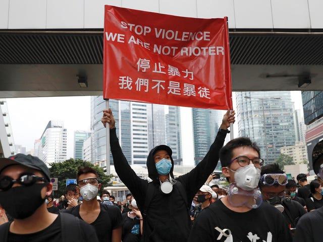 Ano ang Itinuturo sa Amin ng mga Protestors sa Hong Kong Tungkol sa Kinabukasan ng Pagkapribado