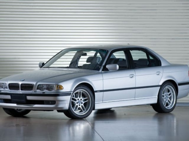 Out of the blue my wife texts me that she loves the E38 7-Series and would love one in manual.