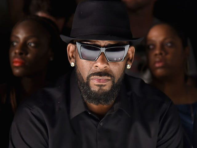 New R. Kelly Accuser Violates Nondisclosure Agreement With Underage-Sex Claims