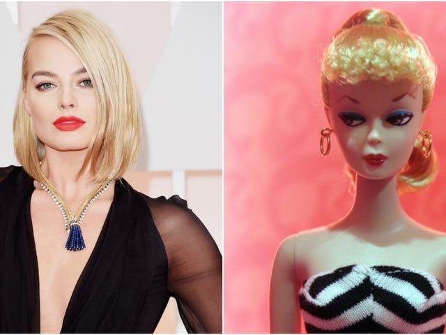Margot Robbie's playing Barbie, ah ah ah yeah