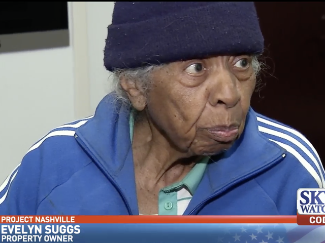 Greedy Developers Prøv at bully 94-årige Black Woman ud af hendes ejendom i Nashville