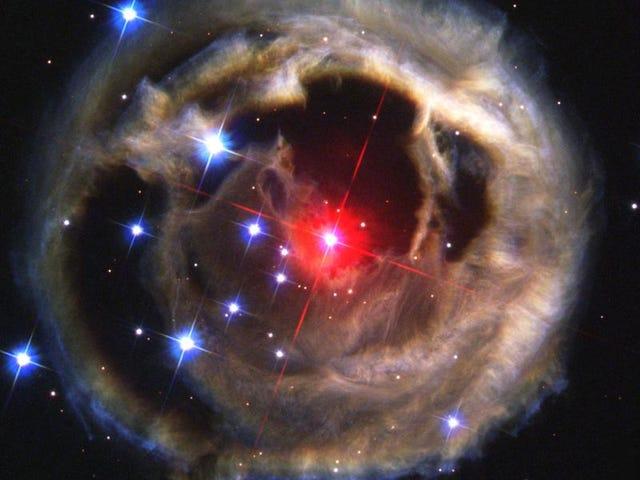 रेड सुपरजाइंट स्टार वी 838 मोनोसेरोटिस से हल्की गूँज - दिसंबर 2002
