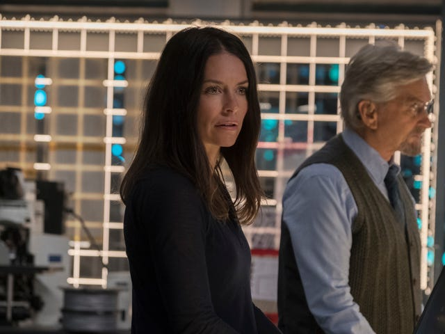 Why DoesAnt-Man and the Wasp Care So Little About Hope and Her Mom?