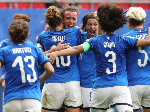 Italy Stun Australia With Stoppage-Time Winner
