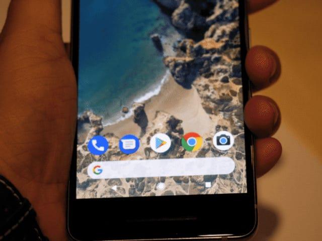 """Cómo llevar la genial función de """"exprimir"""" di Google Pixel 2 a casi cualquier Android"""