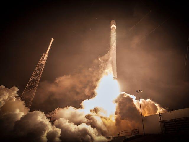 Наблюдайте за ракетой Falcon 9 (что даже SpaceX думает, что она потерпит крах) Запустите Live