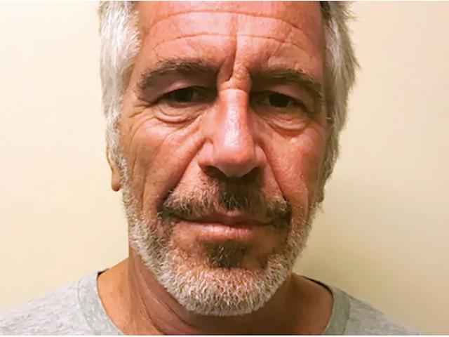 Jeffrey Epstein wurde 2018 mit minderjährigen Mädchen gesehen