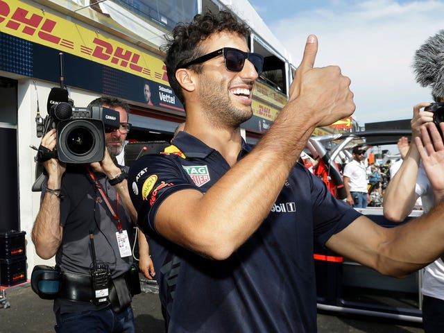 Daniel Ricciardo to Leave Red Bull F1 After 2018 for Renault (Updated)