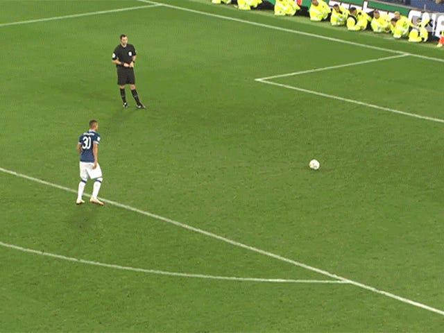 Everton'un Richarlison'u Yılın En Utanç Verici Penaltı İle Geldi