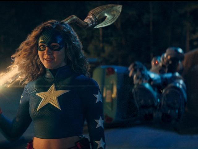 CWs nya Stargirl Trailer Har Superheroics med en tonåring Drama Vibe