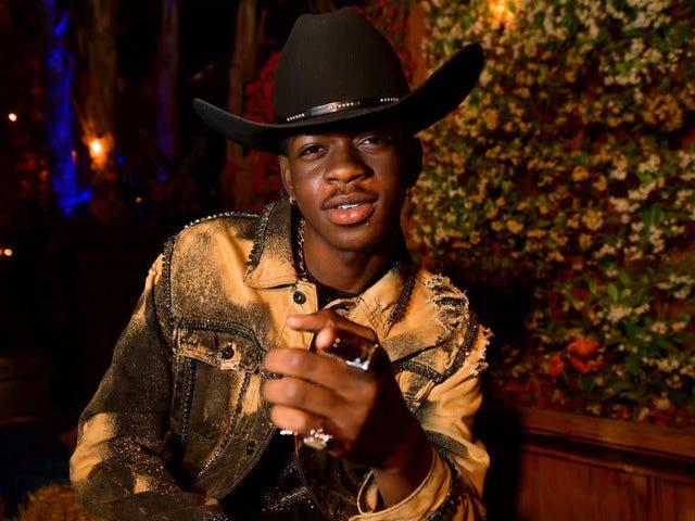 Est-ce que Lil Nas X est vraiment monté sur un cheval?