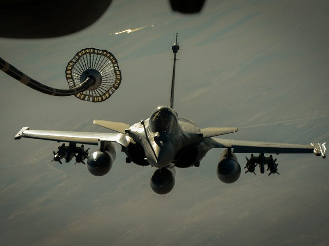 French Flyers: Rafale In Syria, Suffering From Sykes-Picot Hangover.