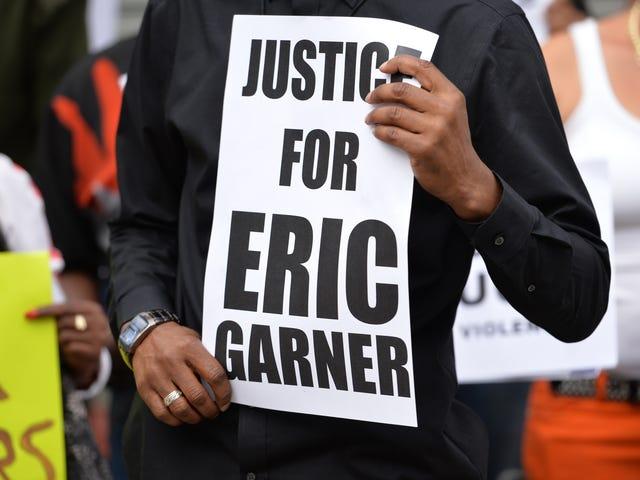 Oikeusministeriö korvaa NYC-tiimin tutkiessaan Eric Garnerin kuoleman