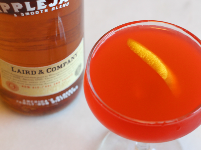 3-Ingredient Happy Hour: Η Τάρτα και η Apple-y Jack Rose