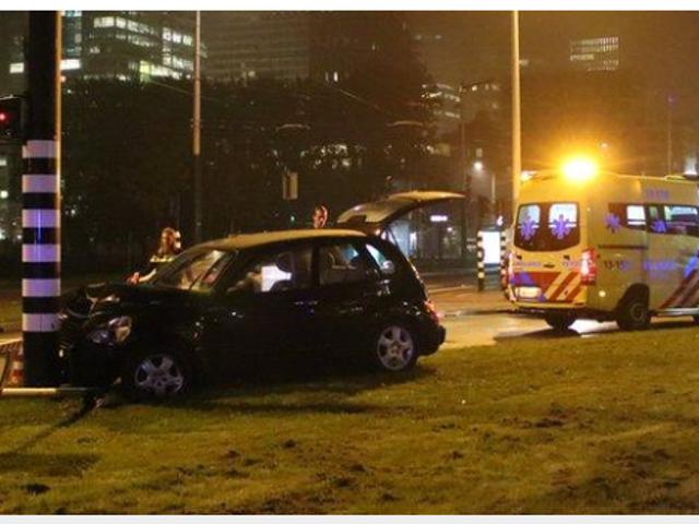 Man city's Sergio Aguero injured in Amsterdam car crash