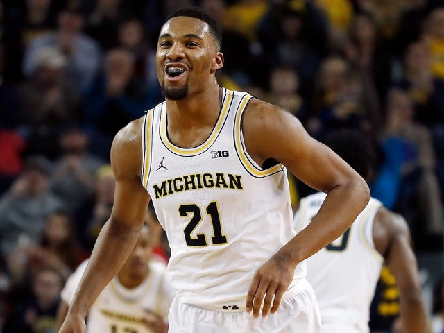 Michigan Dunks Their Way To Upset Of No. 11 Wisconsin