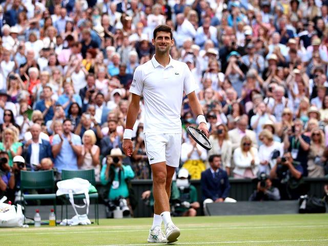 Новак Джокович обгоняет Роджера Федерера в марафоне с пятью наборами, чтобы повторить как чемпион Уимблдона