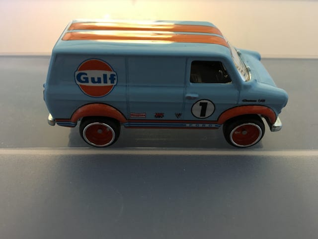 Ford Transit Supervan.