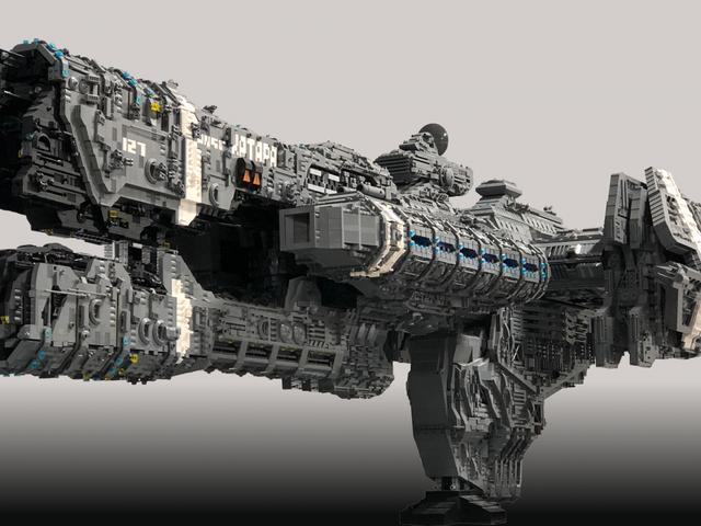 Fan de Halo construye una fragata de 25.000 ladrillos con LEGO