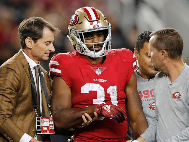Raheem Mostert Leaves Game With Gut-Churning Arm Injury [Warning: Graphic]