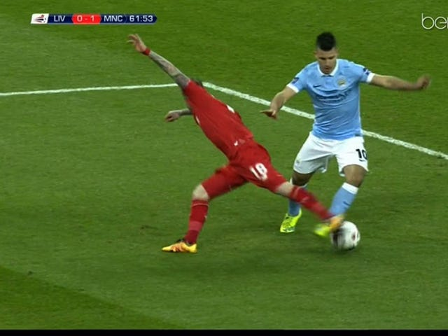 How The Hell Did Alberto Moreno Get Away With This Tackle?