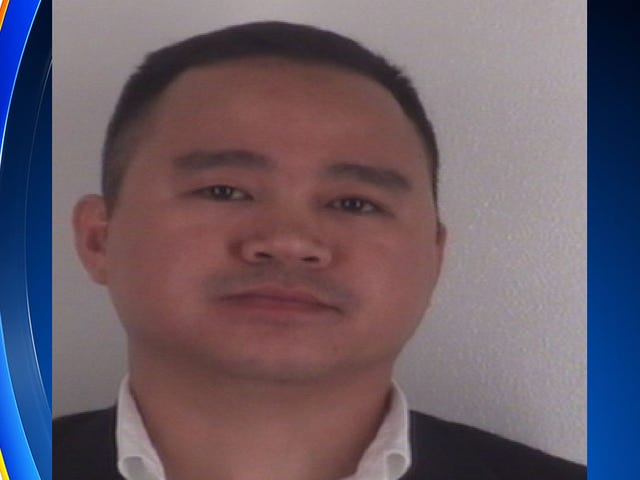 Pegawai Polis Texas Dilancarkan Selepas Dikenakan Pembunuhan Pembunuhan Manusia Lelaki Hitam 24 Tahun