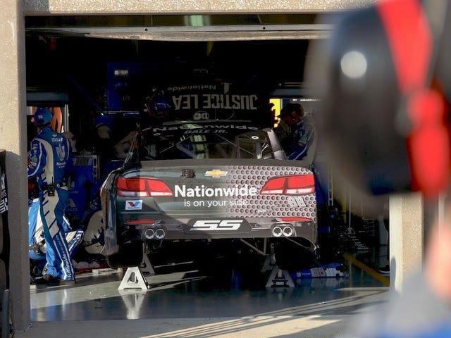Des problèmes de roues prennent Dale Earnhardt Jr. Hors de Contention dans sa dernière course au Texas Motor Speedway