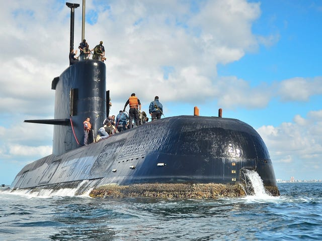 Search For Lost Argentine Submarine ARA San Juan Hits 'Critical Phase' as Air Supply May Run Out