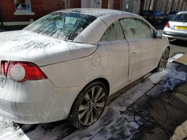 Very quick exterior wash of VW Eos
