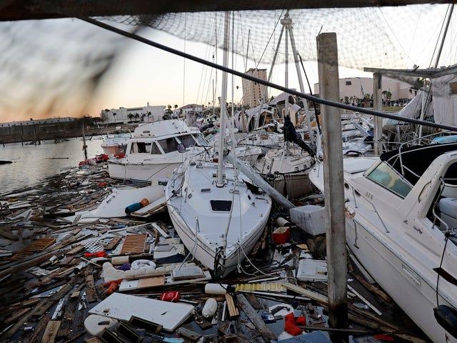 Los cortes generalizados de cable, Internet y radio marcan el camino de la destrucción del huracán Michael
