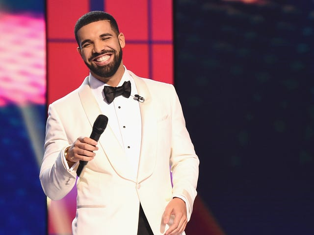 Drake Told Off a Man Who Was Allegedly Groping Audience Members During His Performance