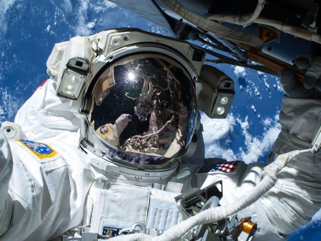 Pregúntele a un astronauta todas sus preguntas sobre la vida a bordo de la estación espacial