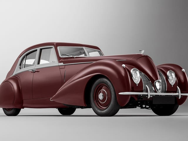Bentley Rebuilt a 1939 Corniche Lost in World War II