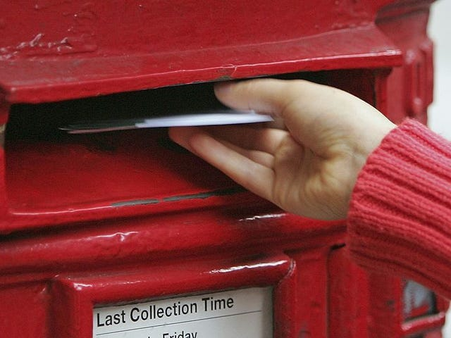 Personnes utilisées pour envoyer des bébés à travers le service postal des États-Unis