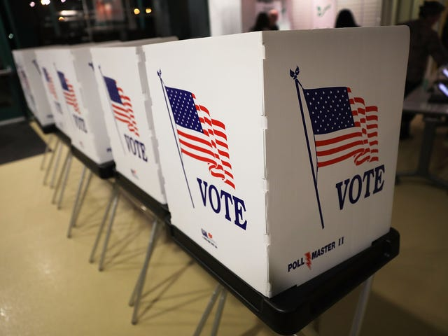 Wisconsin Judge Orders 209,000 Voter Names to Be Purged
