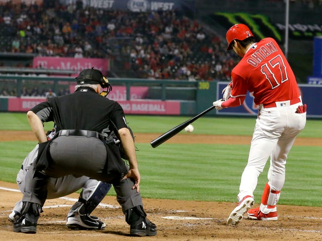 Here Are Two More Dope Baseball Things Shohei Ohtani Can Do