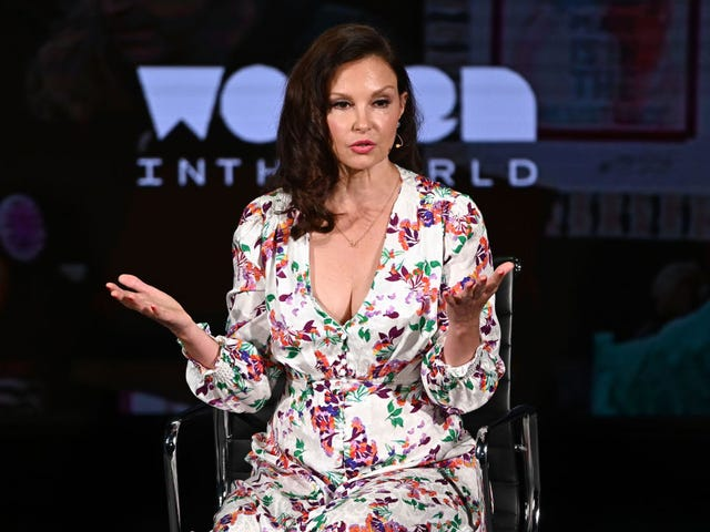 Ashley Judd On Georgia's Abortion Ban: 'I Would've Had to Co-Parent With My Rapist'